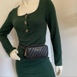 Firm✨Michael Kors Rose Small  Embossed Belt Bag